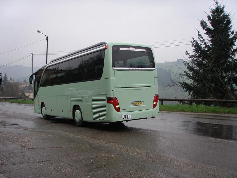 Autocars de la Vallée d'Azergues - Page 3 P4110011