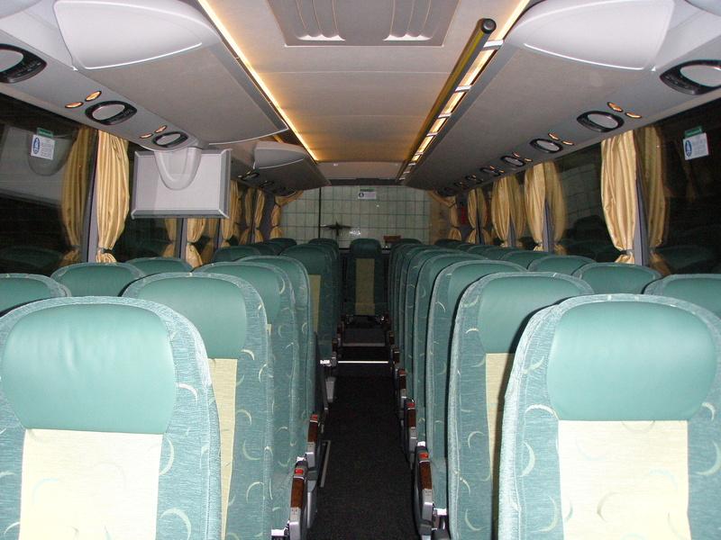 Autocars de la Vallée d'Azergues - Page 3 P4110013