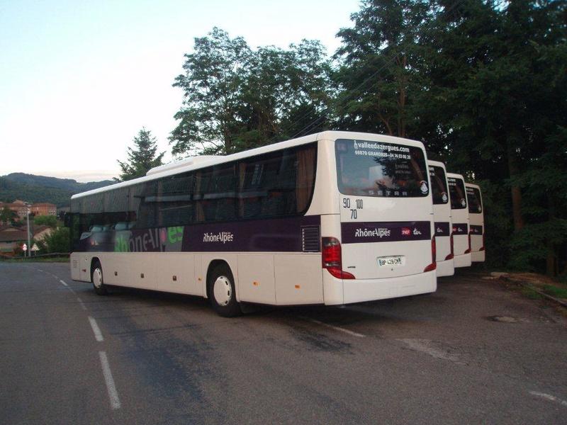 Autocars de la Vallée d'Azergues - Page 3 P7170010