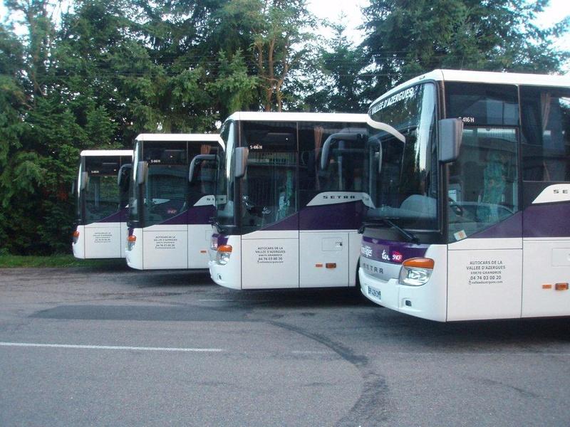 Autocars de la Vallée d'Azergues - Page 3 P7170013