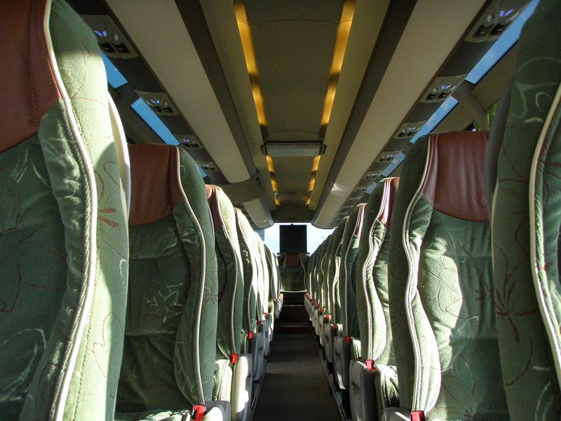 Autocars de la Vallée d'Azergues - Page 3 Pc290012