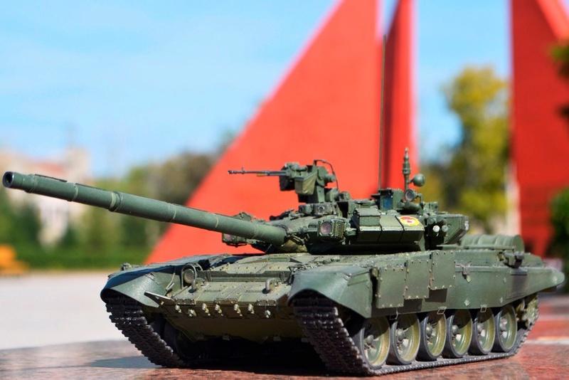 Т-90. 1/35. Звезда. Cznsgs10
