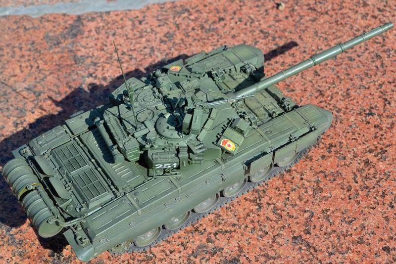 Т-90. 1/35. Звезда. Xn-o8u10