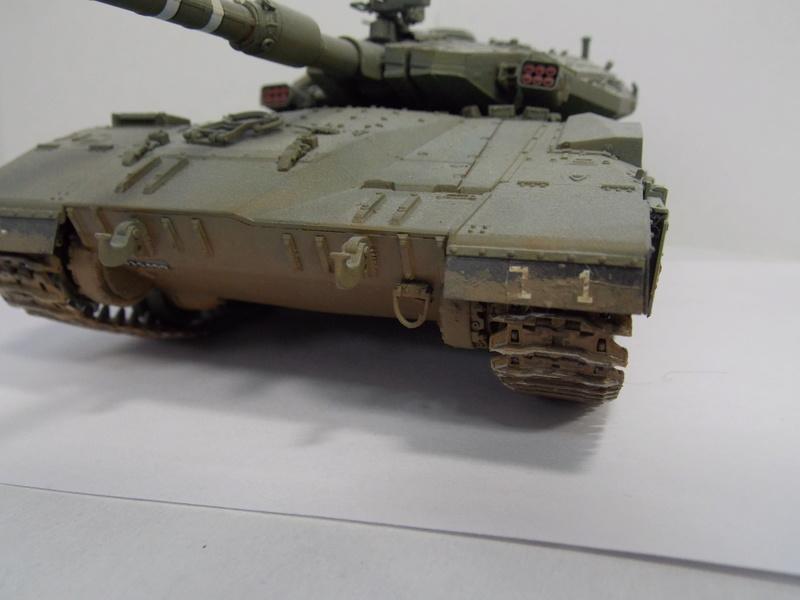 Merkava Mk.IIID LIC Hobby Boss 1/35 Dscn0118