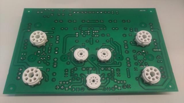 Montaje de amplificador en kit Img_2010
