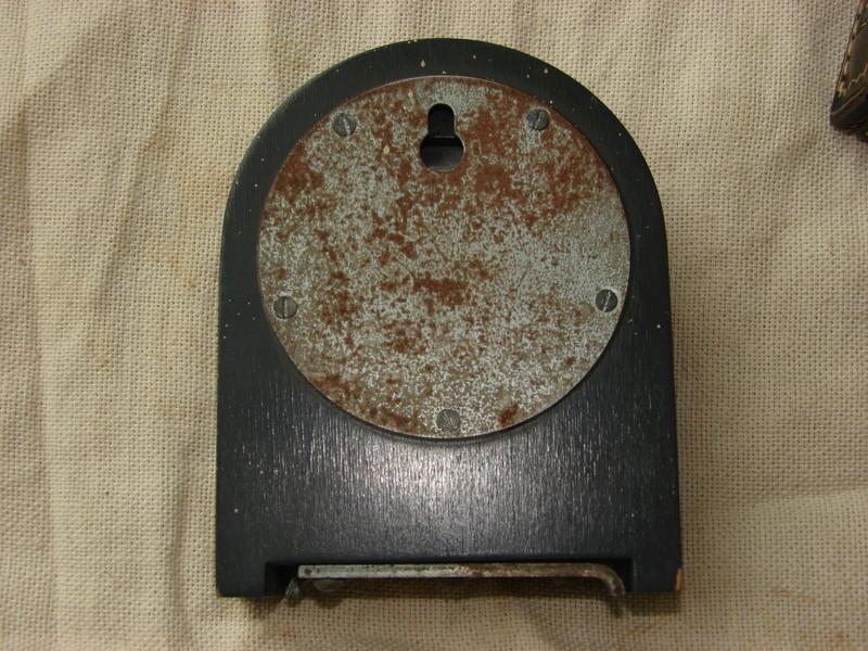1943 Centre de messages Kienzel Horloge et boîtier Dsc02424