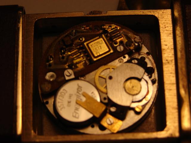 citizen - LE FIL ELECTRIQUE – LCD, Diapason, LED, Quartz, piles... à l'heure ! - Page 14 Dsc02510