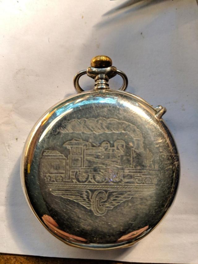 L'histoire des montres de chemins de fers - Page 5 Longen15