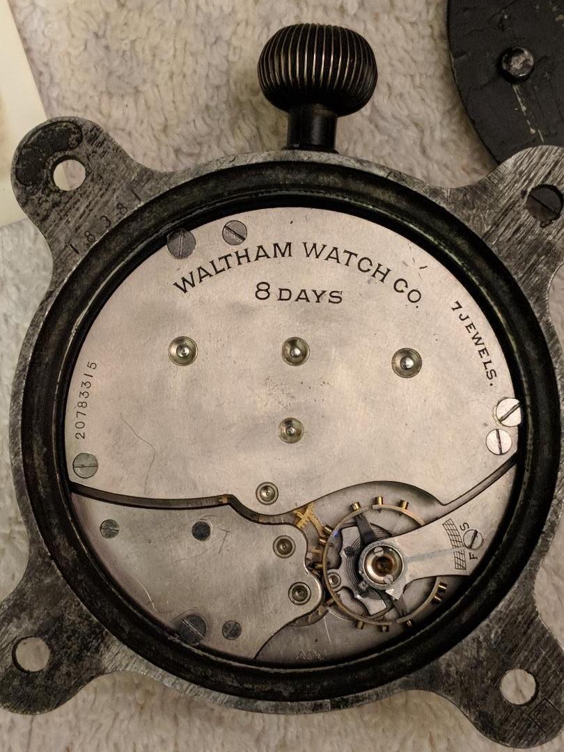 11 novembre 1918. Montres et horloges - Page 3 Waltha16