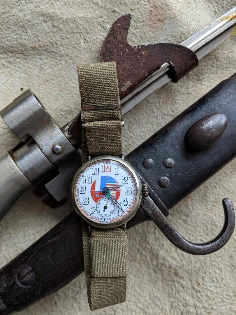 11 novembre 1918. Montres et horloges Wwi_a10