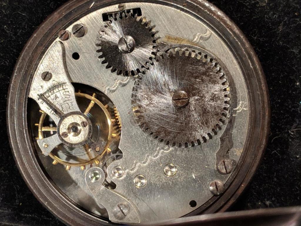 11 novembre 1918. Montres et horloges - Page 2 Wwi_a_13