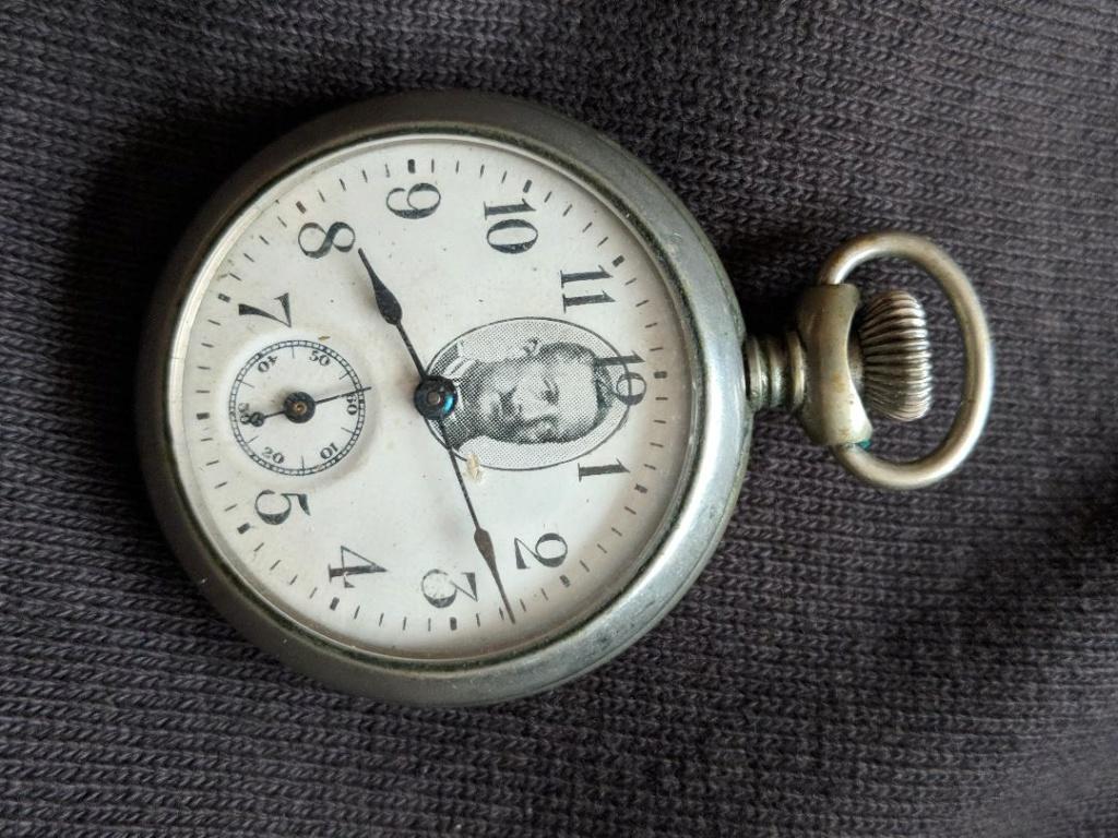11 novembre 1918. Montres et horloges - Page 2 Wwi_a_16
