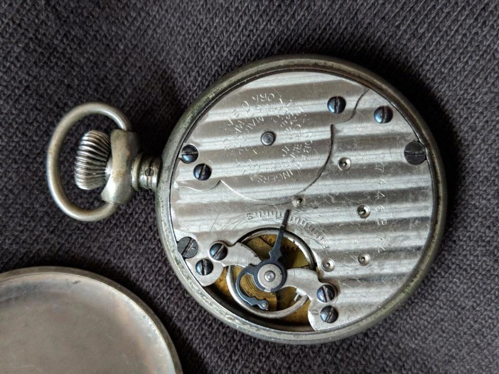 11 novembre 1918. Montres et horloges - Page 2 Wwi_a_18
