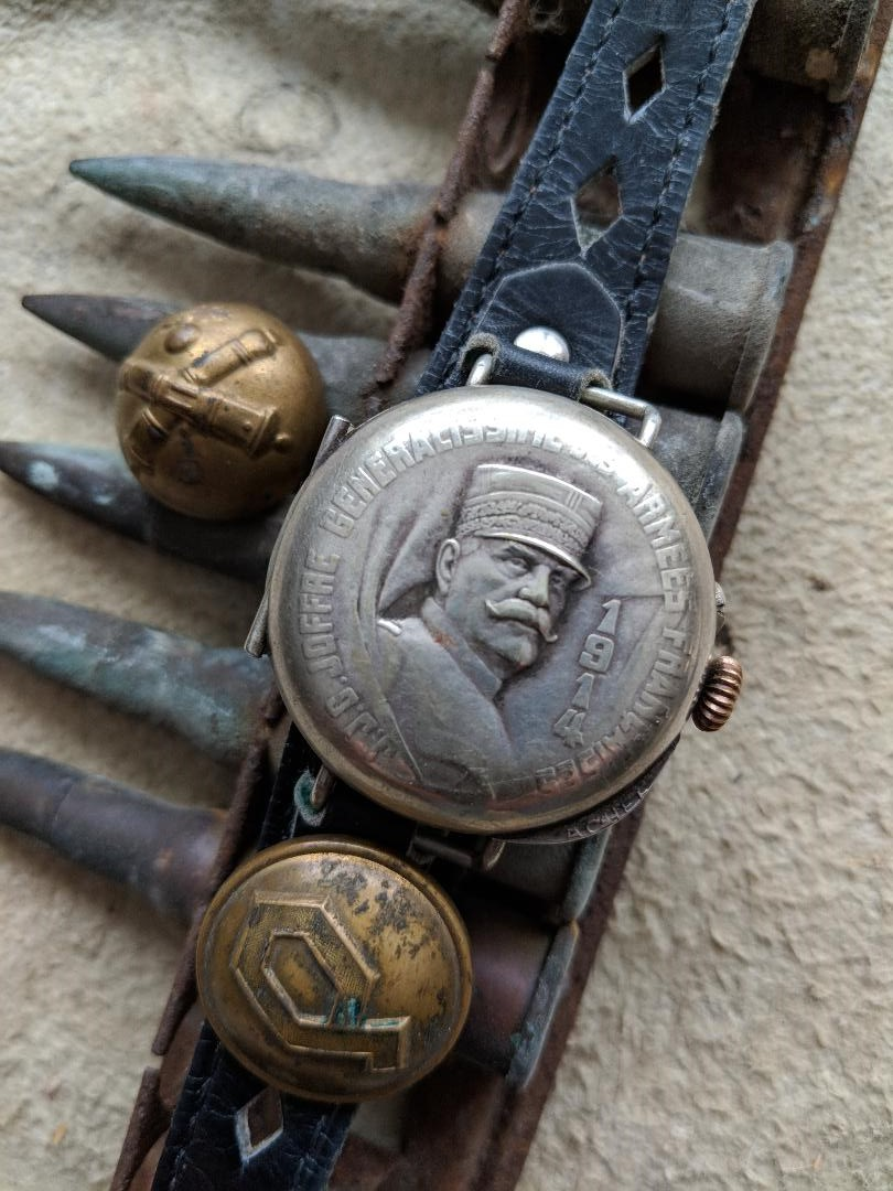 11 novembre 1918. Montres et horloges Wwi_b10