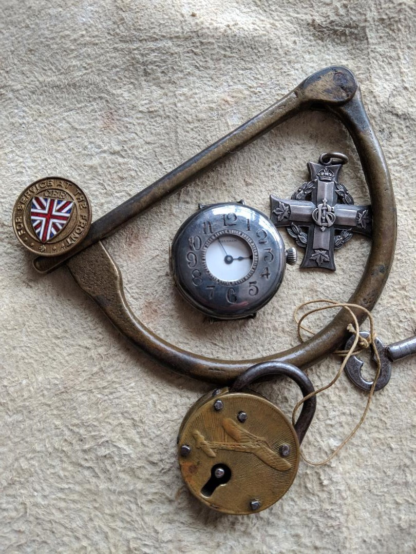 11 novembre 1918. Montres et horloges Wwi_s10