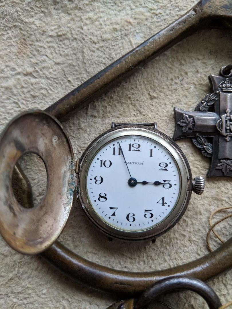 11 novembre 1918. Montres et horloges Wwi_t10