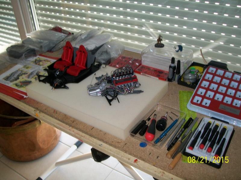 la  ENZO FERRARI maquette au 1/10 de chez Altaya.  100_4410