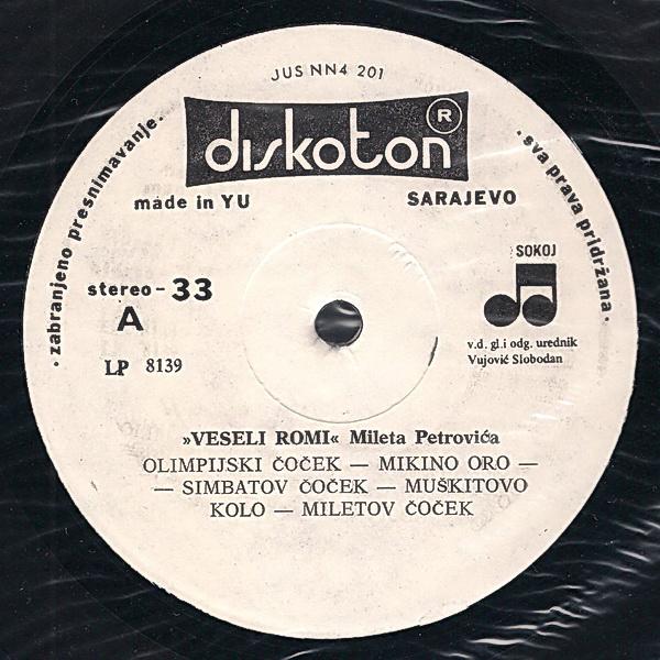 Veseli Romi - Omoti R-375211