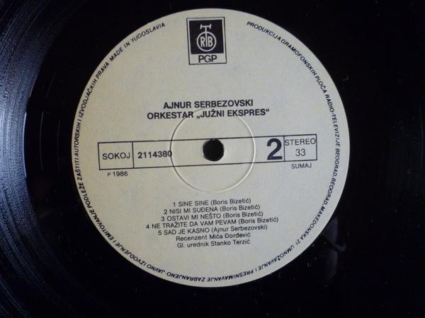 Ajnur Serbezovski - Omoti R-699211