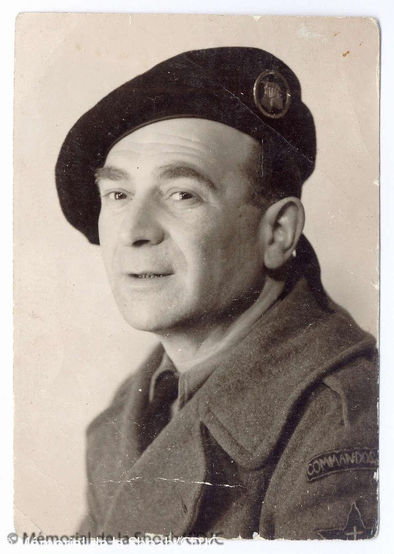 Recherche liste des hommes qui ont participé aux Commandos de France 1944/1945 19440011