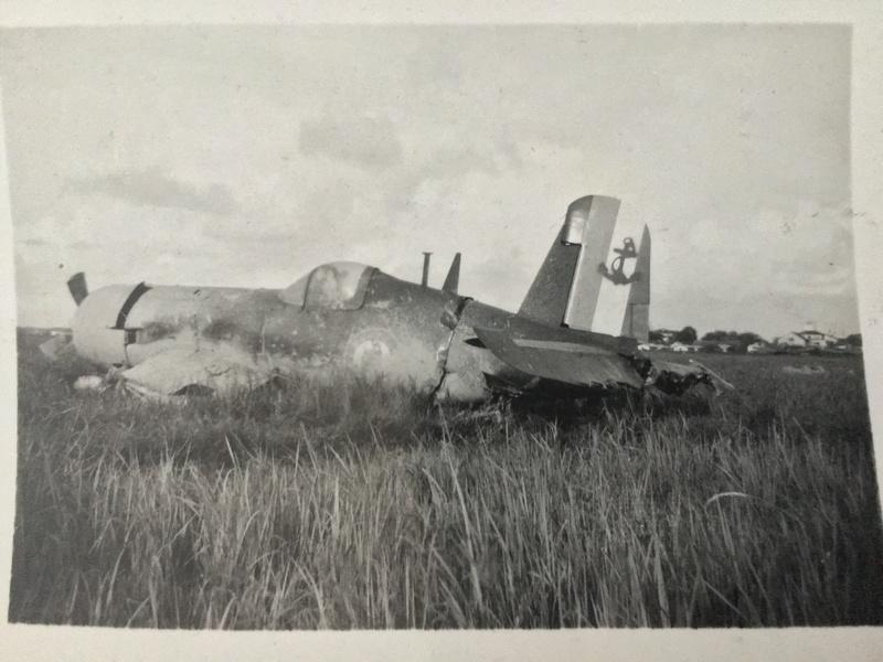 [Les anciens avions de l'aéro] F4 U7 Corsair - Page 27 Img_3314