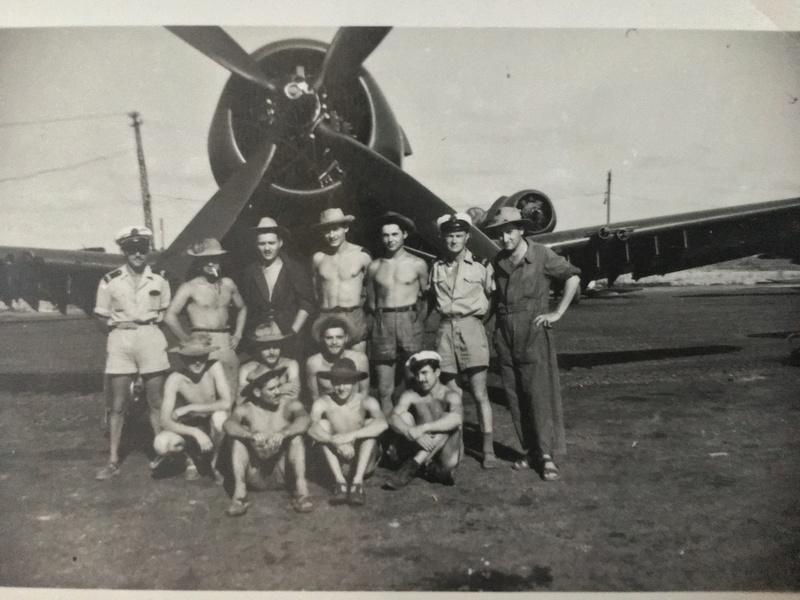 [Les anciens avions de l'aéro] F4 U7 Corsair - Page 27 Img_3316