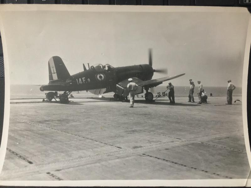 [Les anciens avions de l'aéro] F4 U7 Corsair - Page 27 Img_3324