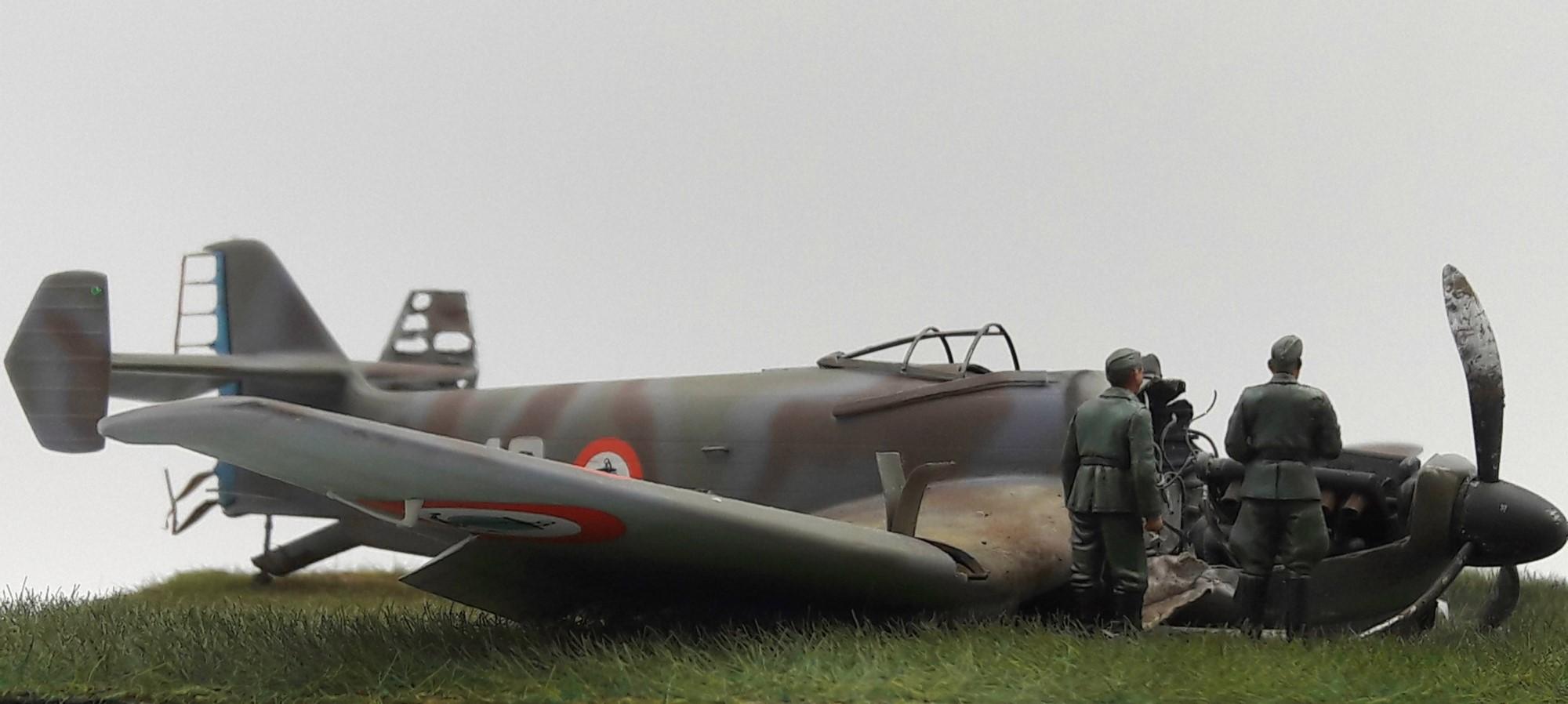 [Concours Aéronavale] Loire Nieuport 401/411 -  Special hobby 1/48 - crash à Villereau -le sacrifice des marins aviateurs du 19 mai 1940 - Mission Berlaimont  Image480
