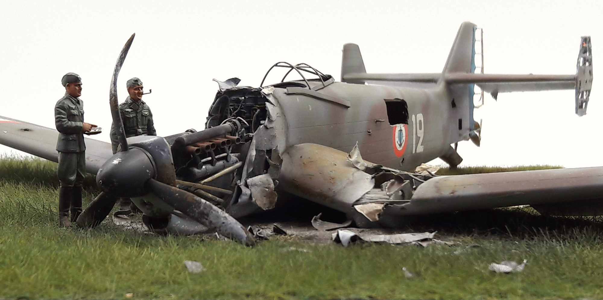 [Concours Aéronavale] Loire Nieuport 401/411 -  Special hobby 1/48 - crash à Villereau -le sacrifice des marins aviateurs du 19 mai 1940 - Mission Berlaimont  Image486