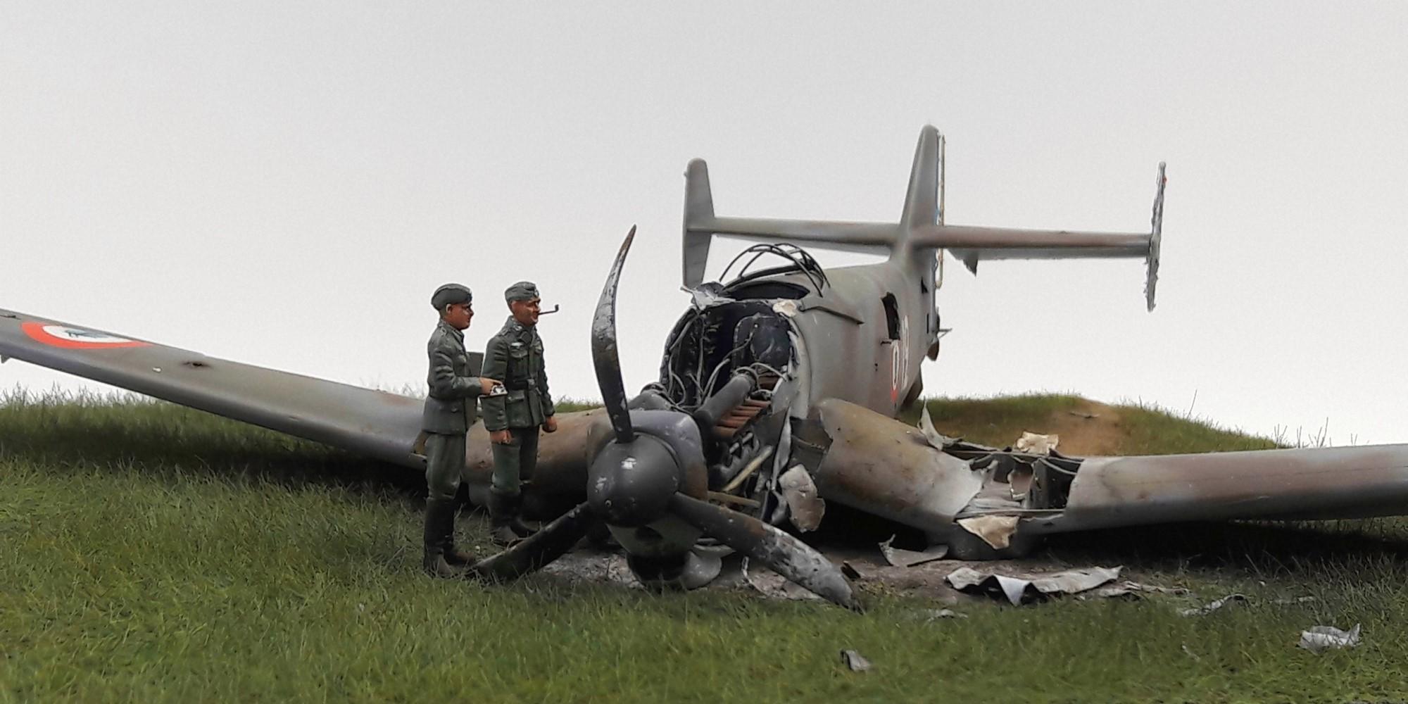 [Concours Aéronavale] Loire Nieuport 401/411 -  Special hobby 1/48 - crash à Villereau -le sacrifice des marins aviateurs du 19 mai 1940 - Mission Berlaimont  Image488