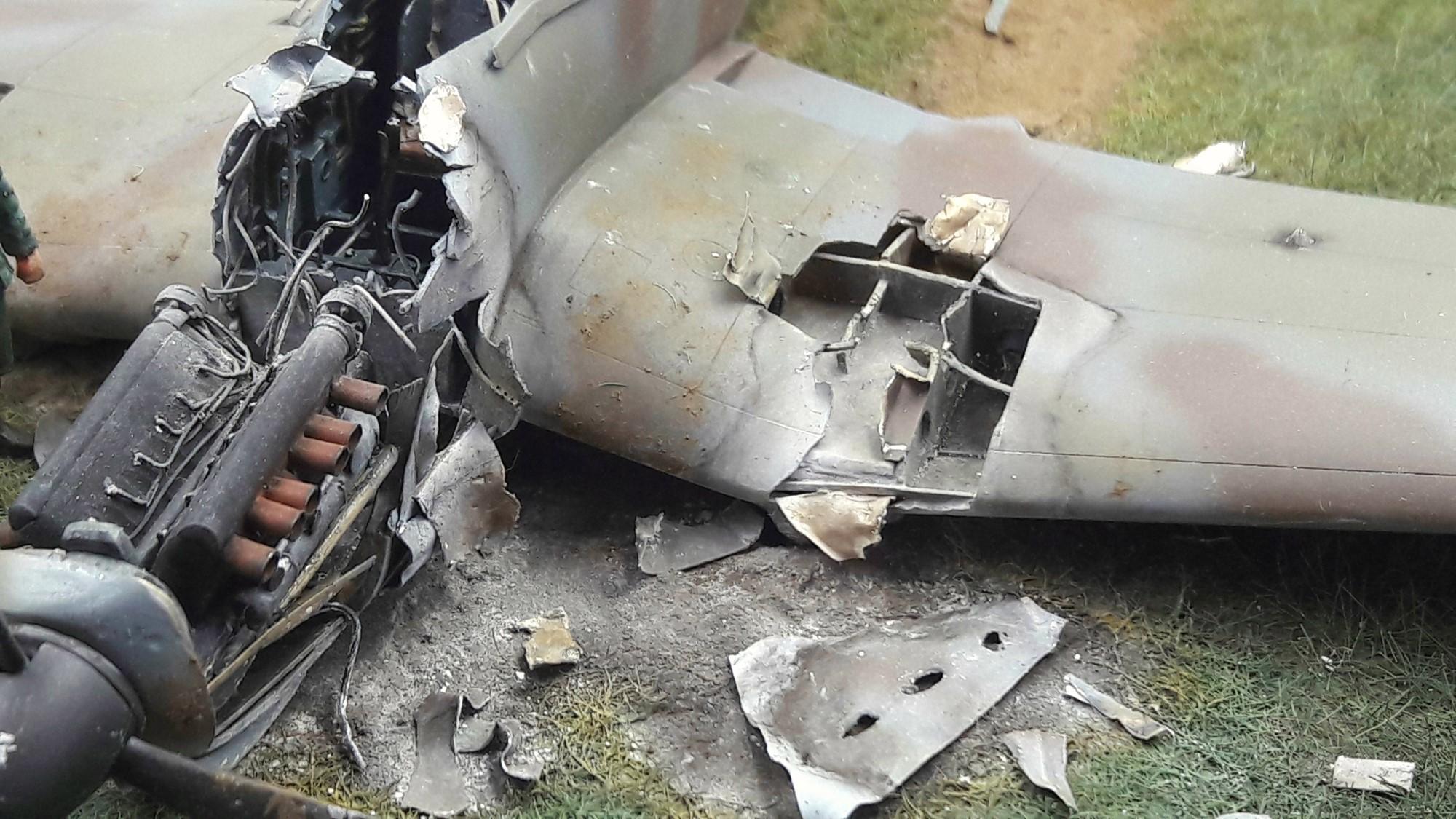 [Concours Aéronavale] Loire Nieuport 401/411 -  Special hobby 1/48 - crash à Villereau -le sacrifice des marins aviateurs du 19 mai 1940 - Mission Berlaimont  Image496