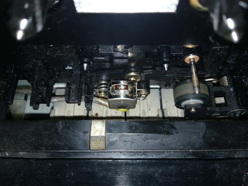 Restauro de um sistema de som Sanyo Img_2026