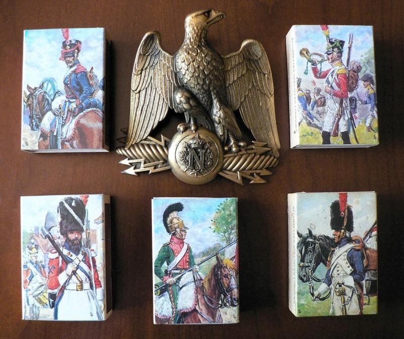 Petite collection de boîtes d'allumettes militaires P1190614