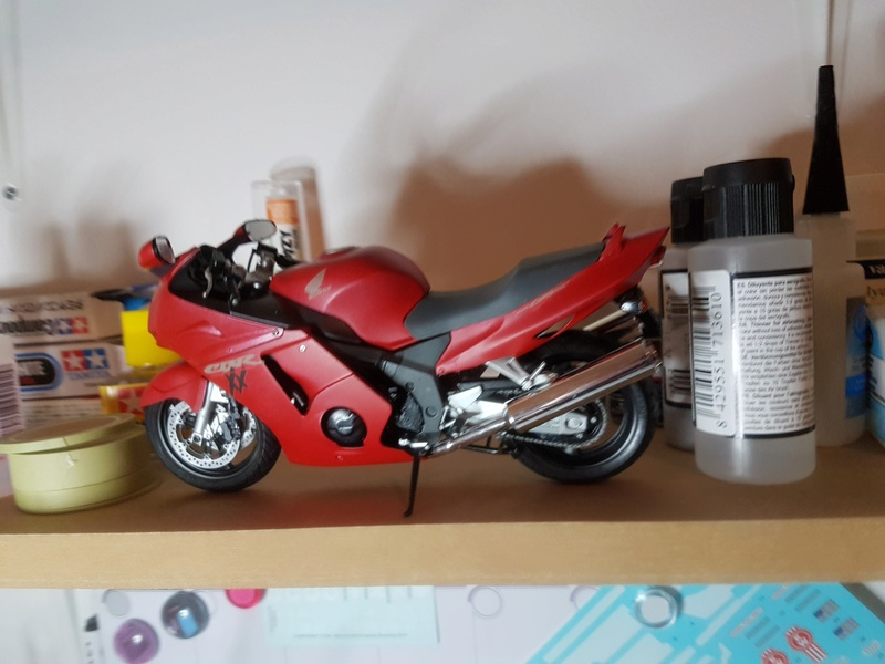 Honda CBR 1100XX - Page 2 20180410