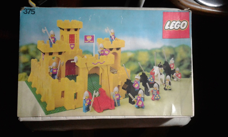 Does anyone else collect vintage LEGO? 20180212