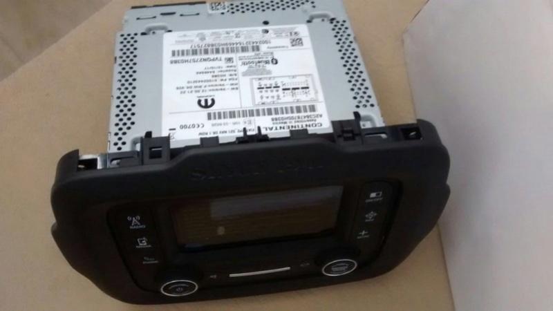 Central Uconnect 5'' Af487010