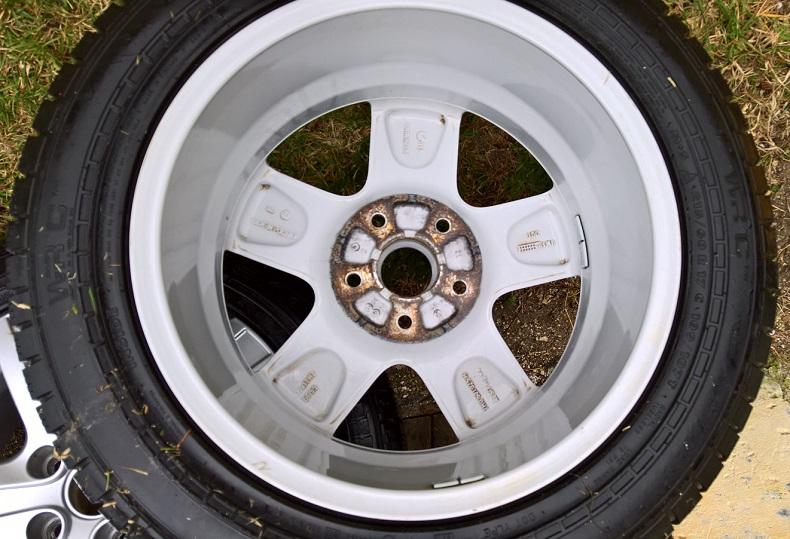 [VENDU] Jantes 17in VW Thunder (T5/T6) + Pneus Hiver Wp_20118