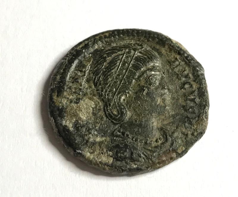 AE3 de Elena. SECVRITAS REI PVBLICE. Heraclea Archiv21