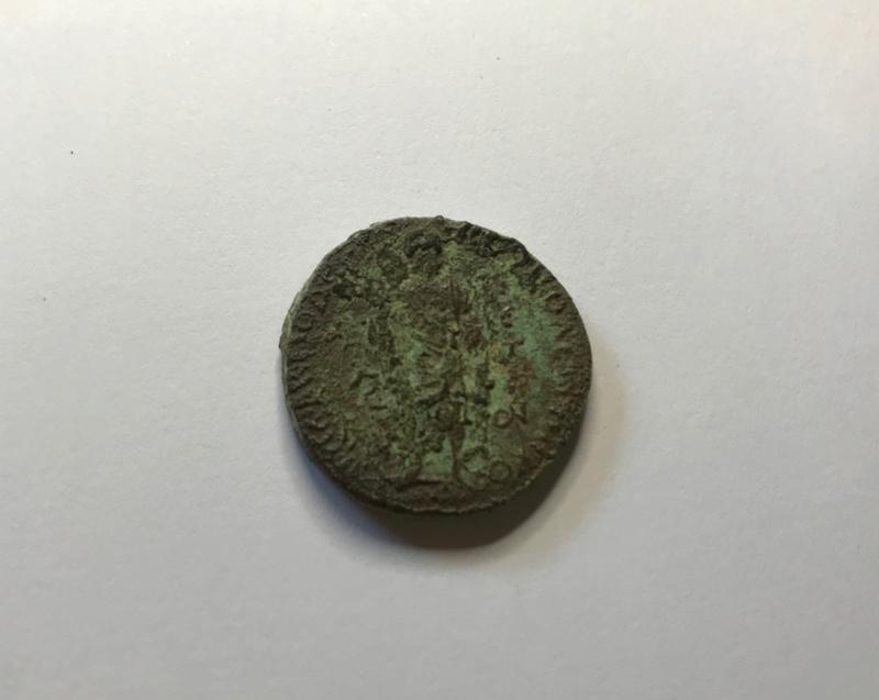 AE24 de Gordiano III - Nicopolis del Istro - Esculapio Archiv39