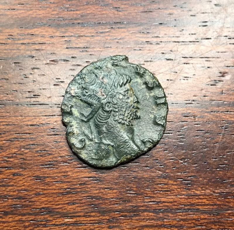Antoniniano de Galieno. FIDES MILITVM. Fides con cetro y estandarte. Roma Img_5261