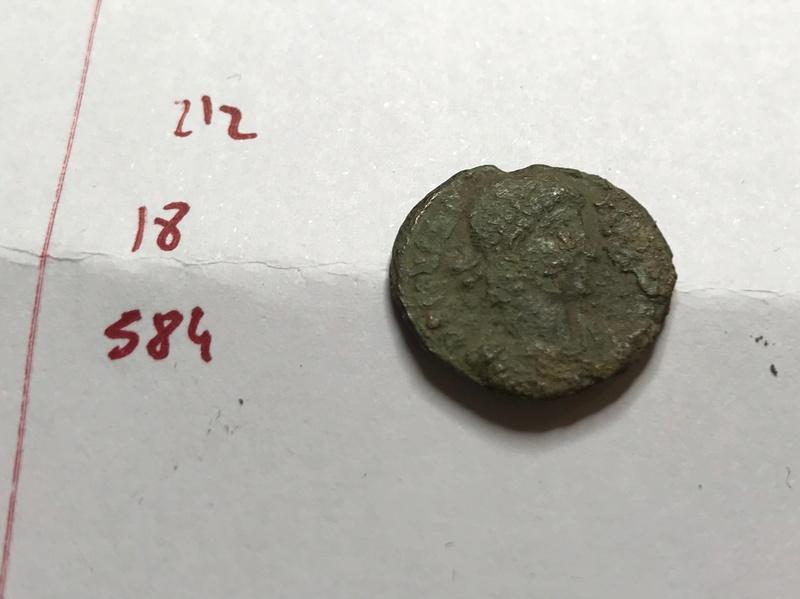 AE3 de Constante I. FEL TEMP - REPARATIO. Emperador sobre galera, Img_5517