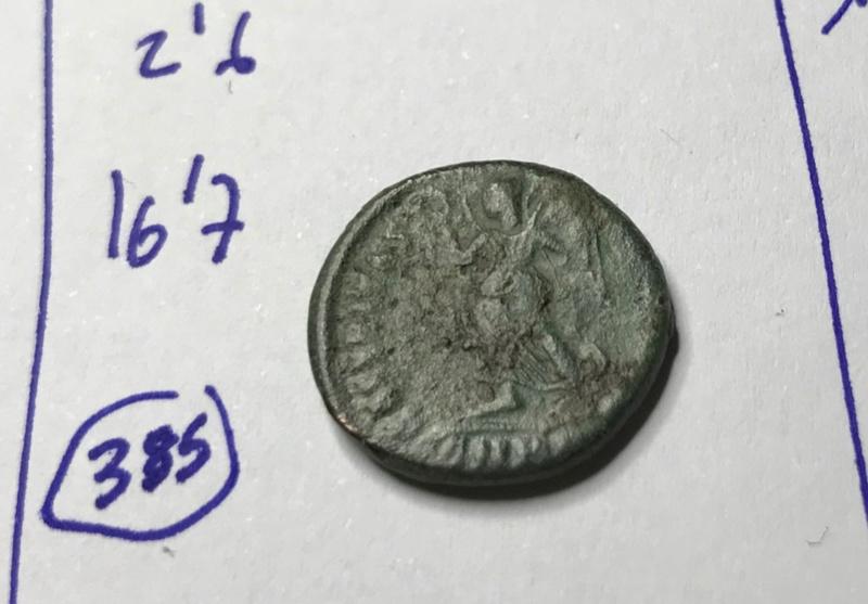 AE3 de Valens. SECVRITAS REI PVBLICAE. Victoria avanzando a izq. Cyzicus?. Img_5523