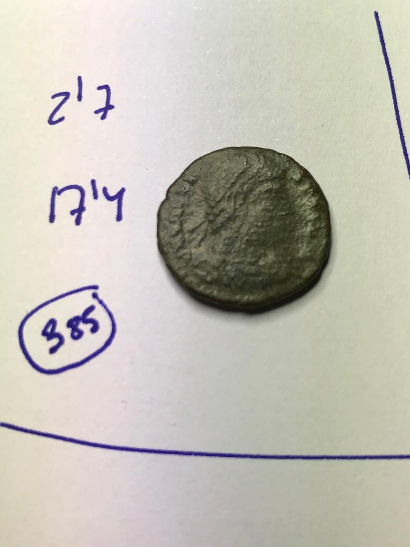 AE3 de Valente. SECVRITAS REI PVBLICAE. Victoria a izq. Tesalónica Img_5527