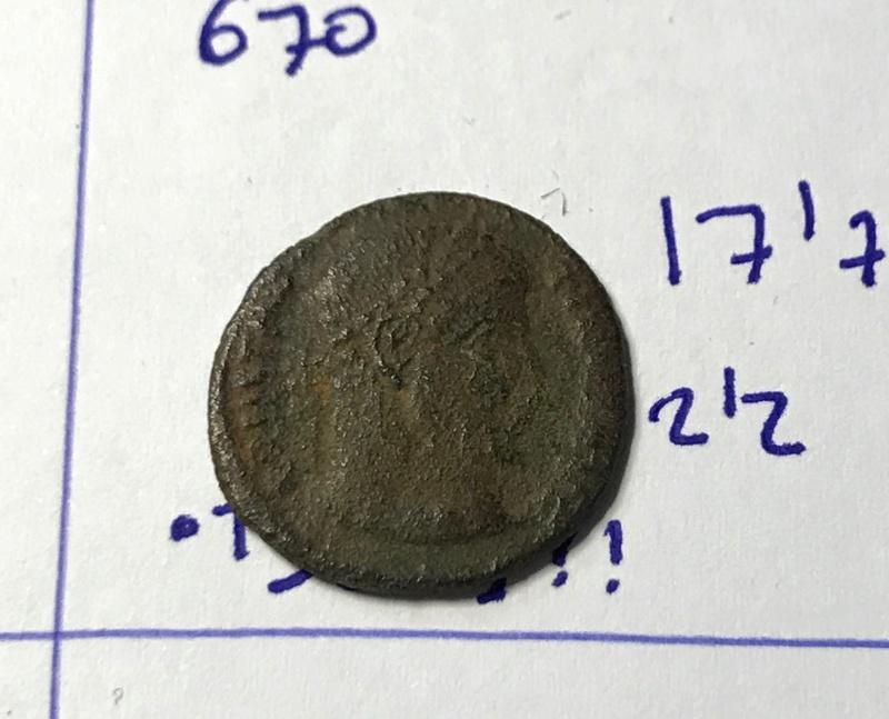 AE3 de Constantino I. DN CONSTANTINI MAX AVG / VOT XX. Tesalónica Img_5817
