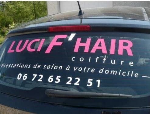 Les coiffeurs 22682612