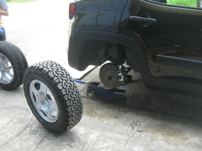 Medida do pneu BF para a versao 1.8 SPORT R16 Chocol11