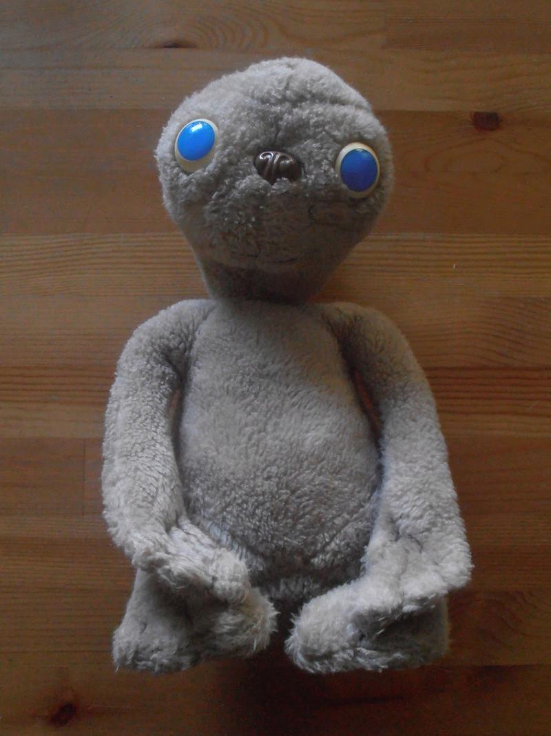 E.T. L'extra-terrestre - Les jouets et produits dérivés 80's P1011910