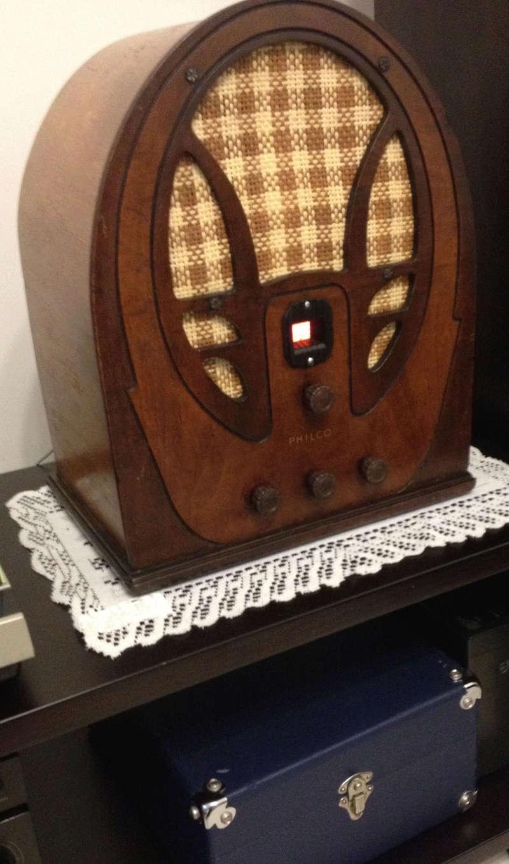 Restauracion radio a tubos Philco modelo 66 tipo catedral del año 1934 Img_4620