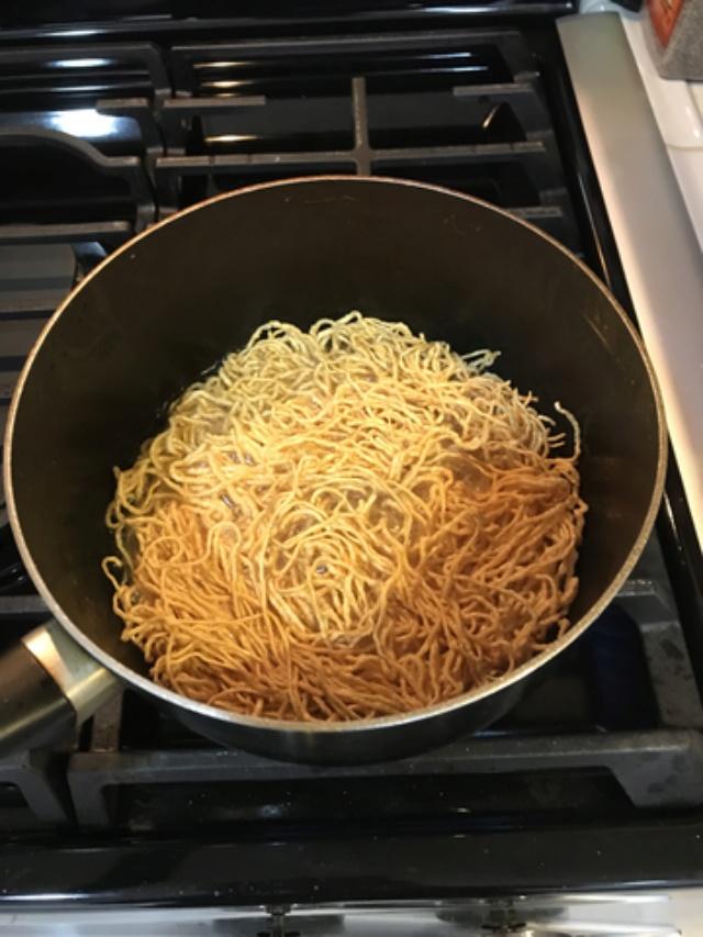 Seafood Fried Egg Noodle aka Mi Xao Don Do Bien  4f4d0610