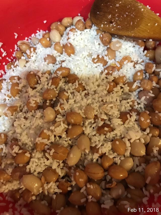 Peanut Sticky Rice aka Xoi Dau Phong 7bcae410
